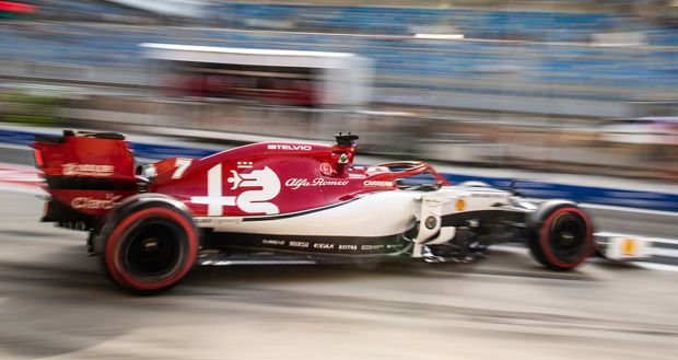 190330_Alfa-Romeo-Racing_2019-Bahrain-Grand-Prix_slider